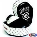 Лапы FAIRTEX FMV11 Aero