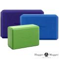 Опорный блок для йоги HUGGER-MUGGER Foam Block - 4-Inch