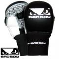 Боксерские перчатки BAD BOY Pro Safety MMA Gloves