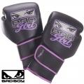 Женские боксерские перчатки BAD GIRL Boxing Gloves