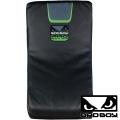 Макивара BAD BOY Pro Series 3.0 Curved Kick Pad