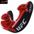 Капа с футляром взрослая OPRO UFC Silver